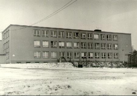 Od 1.9.1967 se začala psát historie školy, která nesla název 2. ZDŠ Pelhřimov.