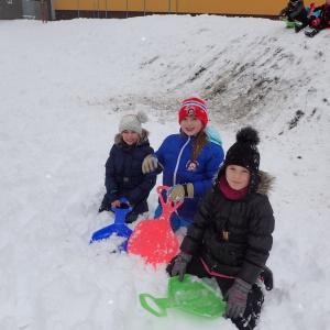 Radovánky na sněhu